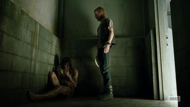 """Daryl desnudo en el 7x03 """"The Cell"""" de 'The Walking Dead'"""