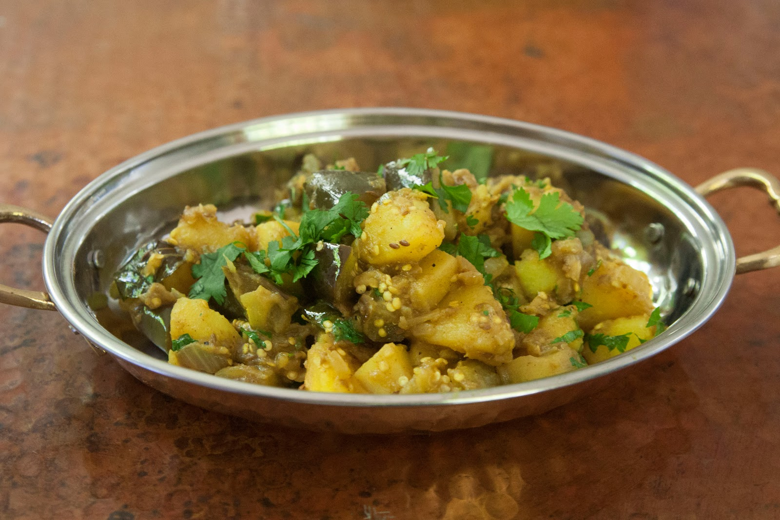 The colors of indian cooking aloo baingan eggplant and potato a well now that my advil addled stomach is on the mend and im fixing my anemia its time to talk about cooking again the day before the fire i cooked up a forumfinder Choice Image