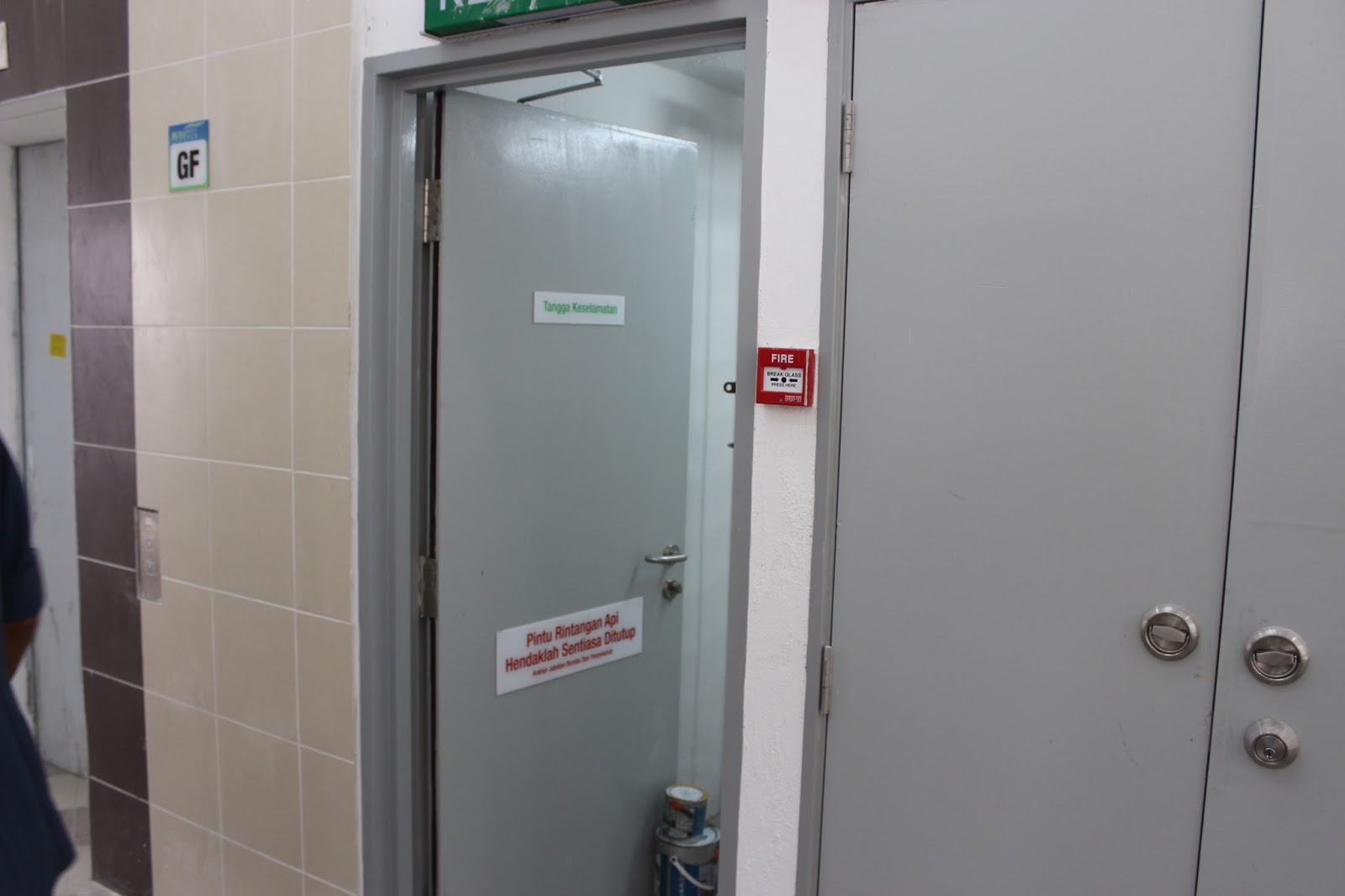 Safety Building Passive And Active System Fire Door