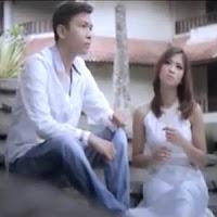 Lirik dan Terjemahan Lagu Harry Parintang & Elsa Pitaloka - Padiah Di Bathin