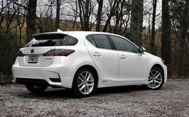 2017 Lexus CT200h Redesign