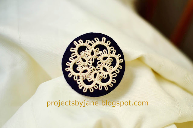 https://projectsbyjane.blogspot.sg/2014/09/how-to-stitch-tatted-motif-to-felt.html