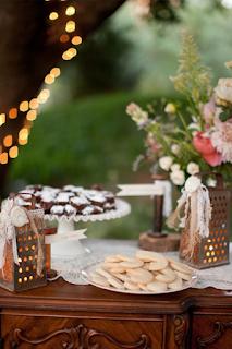 détourner des râpes a fromage en métal pour sa décoration de mariage  blog mariage www.unjourmonprinceviendra26.com