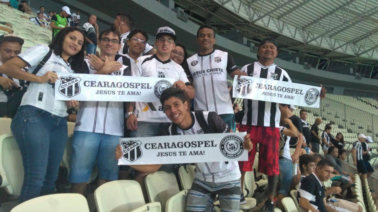 Clube cristãos de torcedores do Ceará