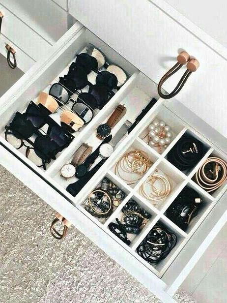 Cómo organizar accesorios y complementos