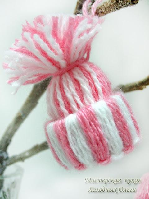 Шапочка розовая полосатая