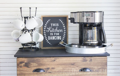 http://www.theinspiredhive.com/2016/11/modern-farmhouse-kitchen-makeover-reveal.html