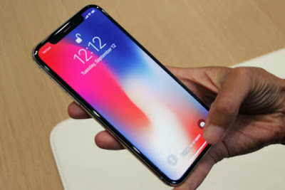iphone-x-screen-100735502-large How to access flashlight and camera on lock screen iPhone X tips