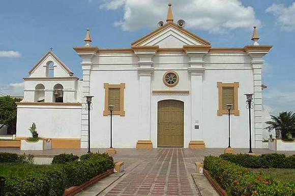 Décimas para la Villa cumpleañera-iglesia