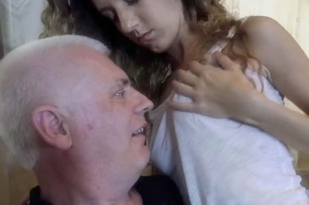 αισθησιακό σεξ μασάζ