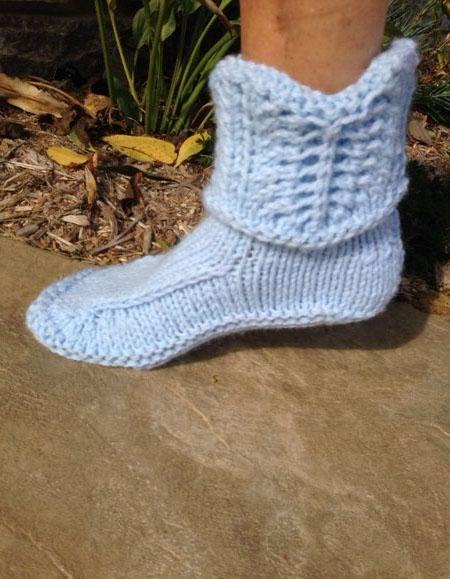 Kriskrafter Better Dorm Boots Deluxe Free Knitting Pattern