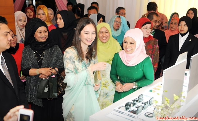 Forest Colour Cosmetics, Forest Colour, Halal Cosmetics, Halal beauty, halal products, Makeup, Cosmetics, Forest Colour Malaysia, Duli Yang Mulia Raja Permaisuri Perak Darul Ridzuan Tuanku Zara Salim, DYMM Raja Permaisuri Perak Tuanku Zara, Tuanku Zara