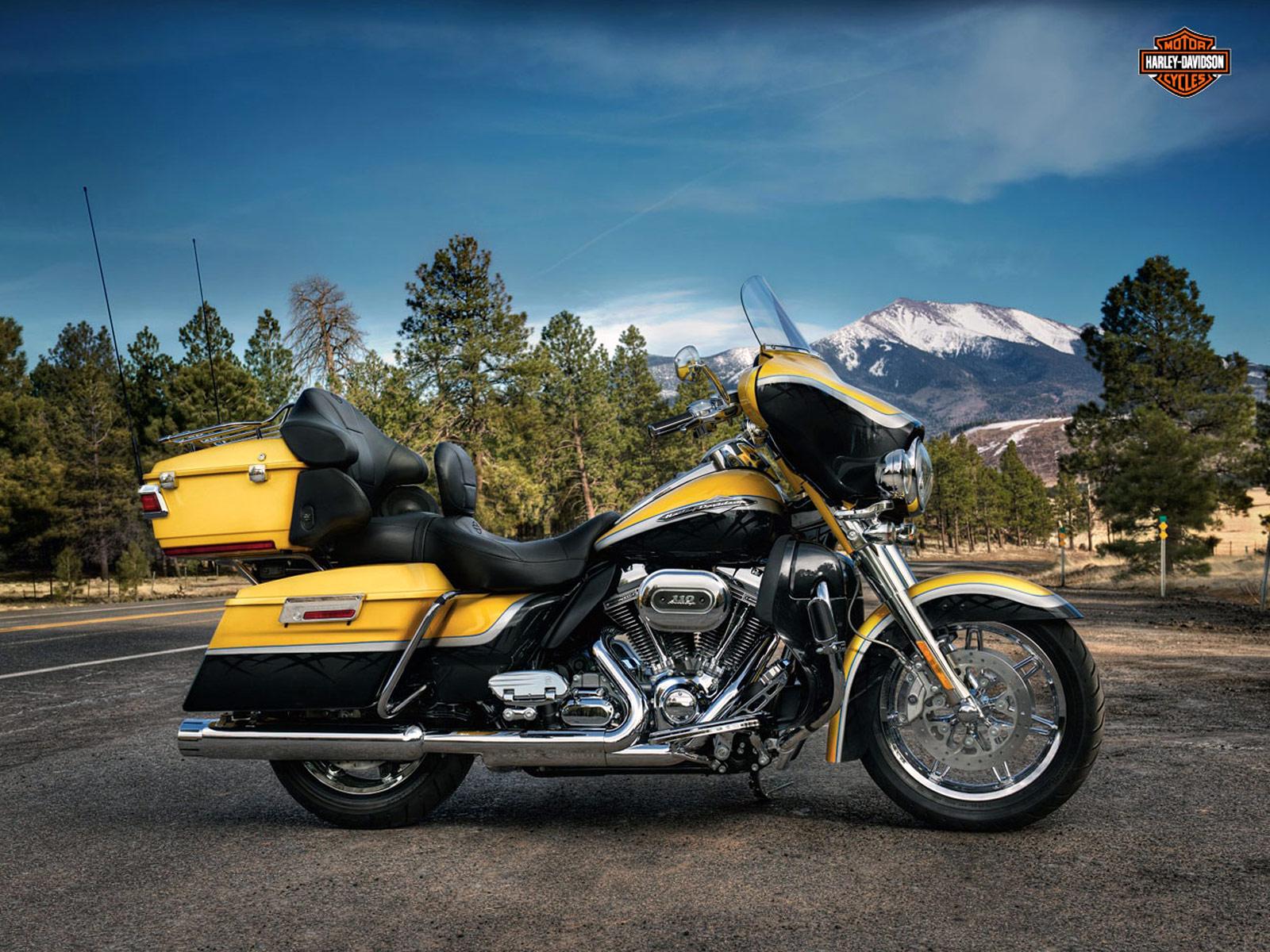 Harley Davidson 2012: 2012 Harley Davidson FLHTCUSE7 CVO Ultra Classic Electra Glide