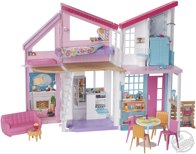 Toy Fair 2019 Mattel Barbie Malibu TownHouse 22