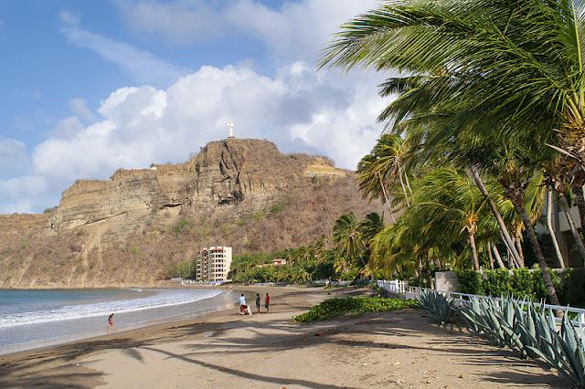 La plage de la baie de San Juan del Sur