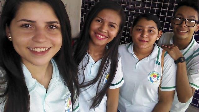 Estudantes de Barroquinha ficam em primeiro lugar na Feira Regional de Ciências e irão representar a região em Fortaleza