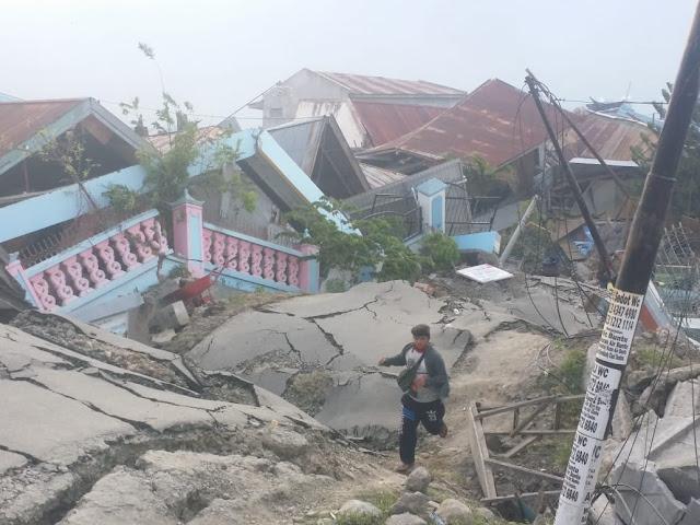 Selamat dari Tsunami, Warga Palu: Seperti Kiamat