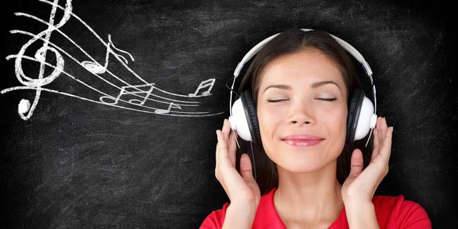 6 Manfaat Mendengarkan Musik Bagi Kesehatan Otak