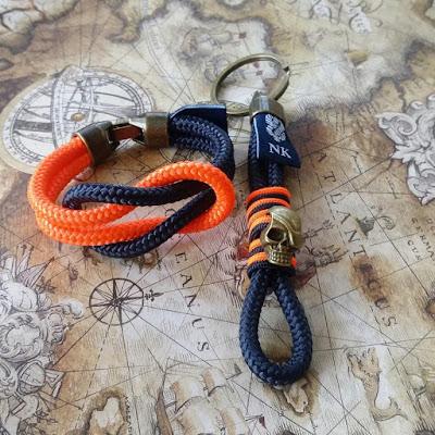 Pack regalo pulsera y llavero pirata