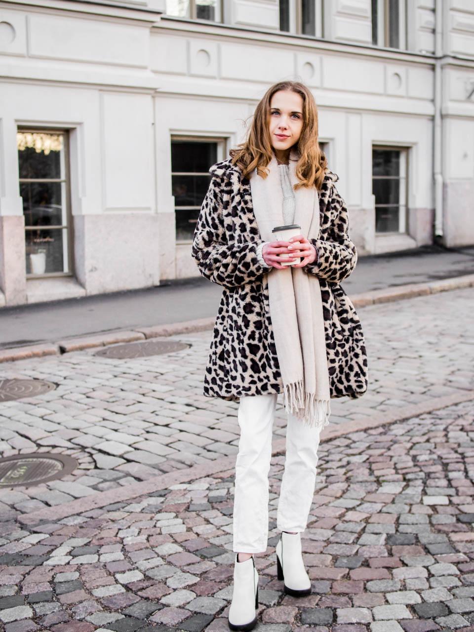 Winter street style with faux fur leopard coat - Talvimuoti, asuinspiraatio, leoparditakki, muotiblogi
