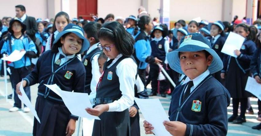 330 mil escolares de colegios públicos de Puno vuelven a las aulas