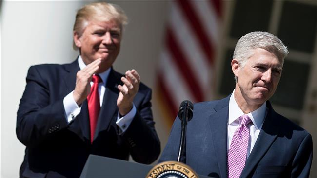 Neil Gorsuch sworn in as US Supreme Court justice