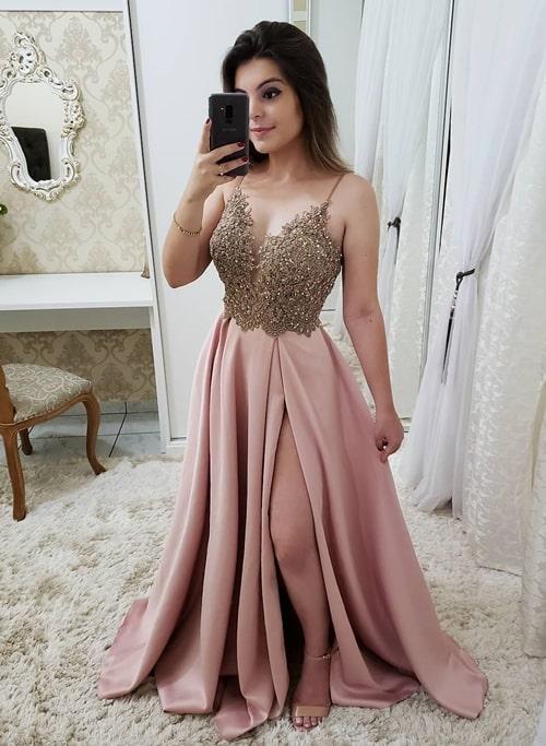 vestido rose estilo princesa com fenda