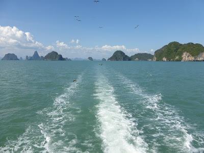 Bahía de Phang Nga, Tailandia, La vuelta al mundo de Asun y Ricardo, vuelta al mundo, round the world, mundoporlibre.com