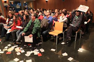 Protesta de los trabajadores de Usoa en el pleno del Ayuntamiento