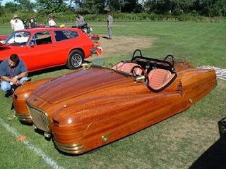 mobil paling aneh di dunia