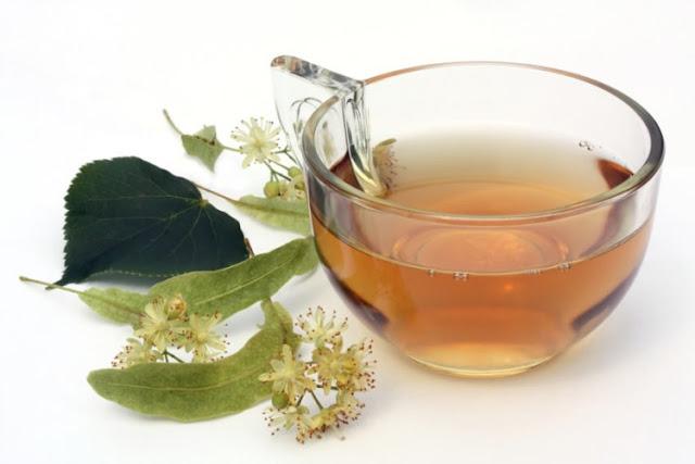 Reduce la grasa abdominal con esta rica infusión de hojas de laurel y salvia