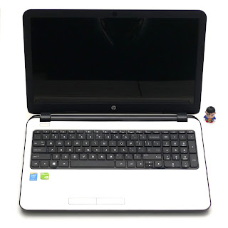 Laptop Gaming HP 15-r217TX Core i5 Double VGA