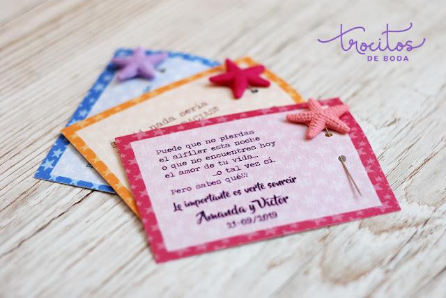 Tarjeta personalizada para alfileres Modelo Estrella con alfileres de estrellas de mar - Trocitos de Boda