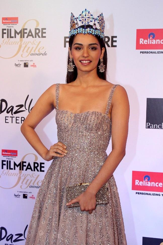 Miss World Manushi Chhillar at Filmfare Glamour And Style Awards 2017