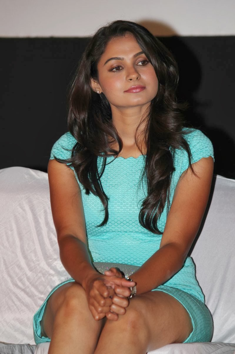 Andrea For Genesis Young Teen Julie: Andrea Jeremiah Hot Photos In Short Dress At Endrendrum