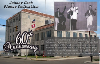 Jjohnny Cash performed as an opening act in an Elvis Presley show in Texarkana