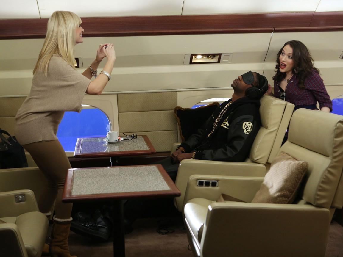 2 Broke Girls - Season 2 Episode 16: And Just Plane Magic