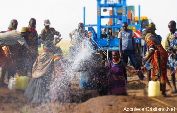 Descubren reservas de agua en Kenia