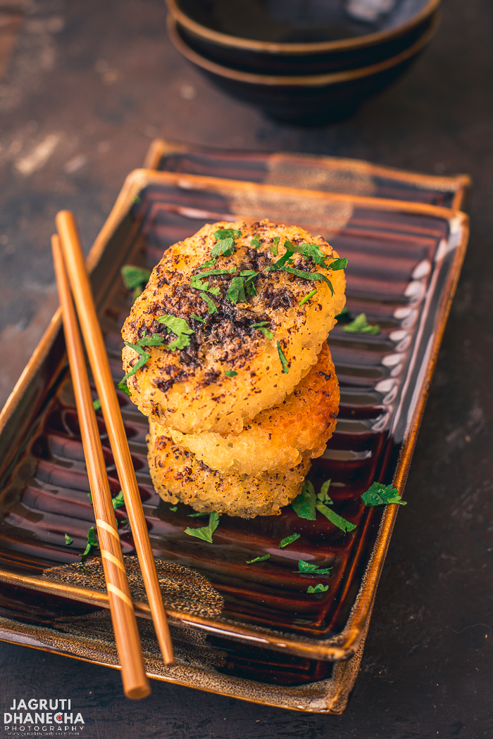 Learn how to make Yaki Onigiri. Yaki Onigiri is a traeditional Japanese grilled rice balls that are easy to make and prepared with only 4 ingredients such as rice, salt, oil and soy sauce.