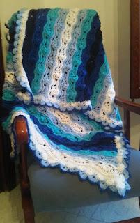 Wavy crochet blanket, free pattern