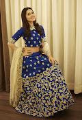 Rashi khanna new dazzling photos-thumbnail-3