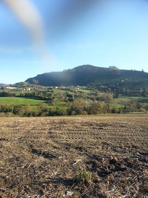 Picu'l sol En castellano pico del sol. zona de la vandera, el monte y la camocha mas o menos