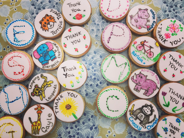 Cake Decor Edible Felt Tip Pens on biscuits
