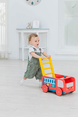 Top Rated Push Wagon: Fire Engine & Ladder Handle