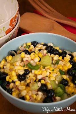 Top Notch Mom: Blueberry & Corn Summer Salad