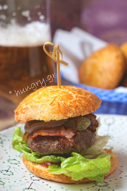 Caramelized Onion-Bacon Beef Burgers