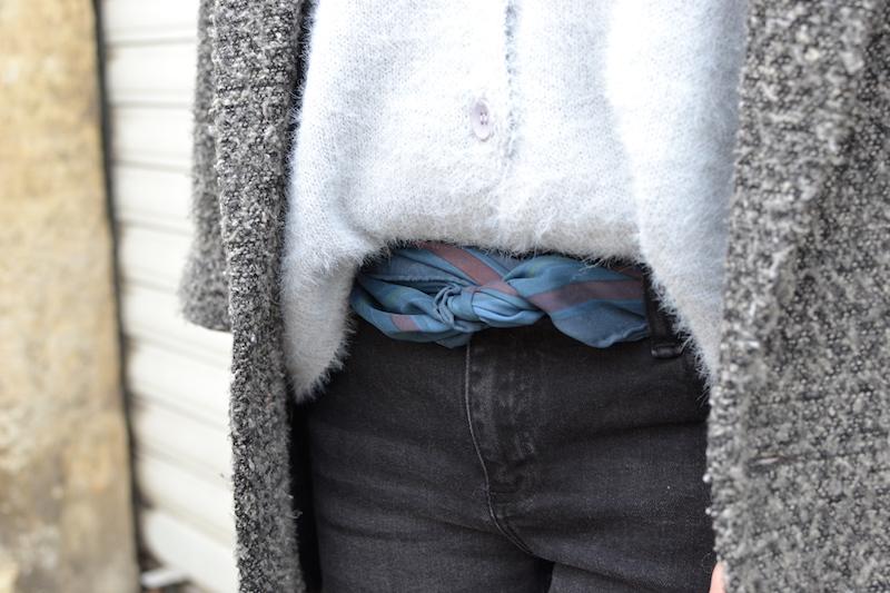 foulard Hermés en ceinture