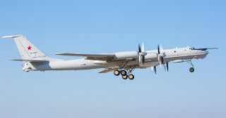 Pesawat Anti-Kapal Selam Tu-142 Rusia