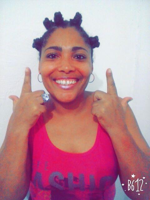 """Shirley Voz lança a musica """" A Verdade nua e crua"""", que foi produzida pelo Dj Dri no estúdio 1 da Sul"""