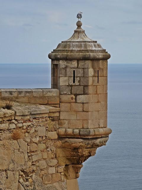 Castillo de Santa Bárbara – zabytkowa warownia